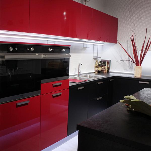 Kitchen Red/Black Cod. 700 + Kitchen Island Cod. 146